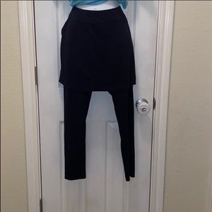 LEGACY LEGGINGS W/ATTACHED SKIRT